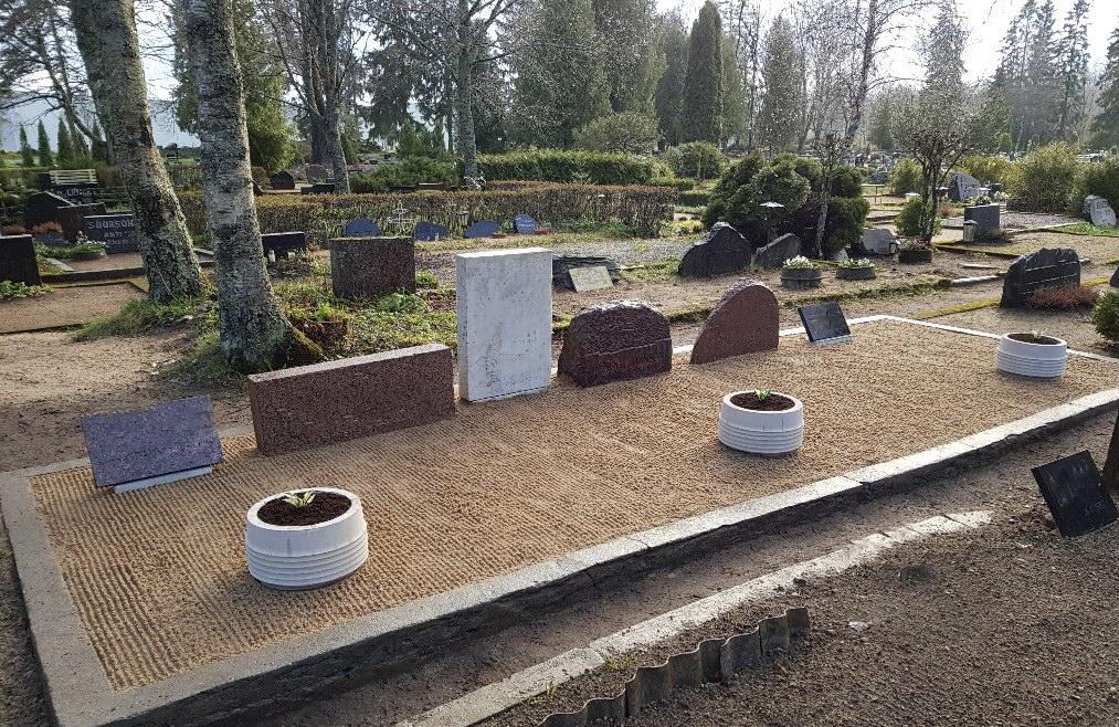 Renoveerimne Raasiku Uuesl kalmistul PÄRAST foto