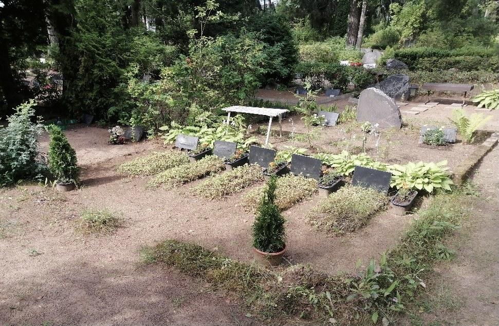 Renoveerimine Tõrma kalmistul enne
