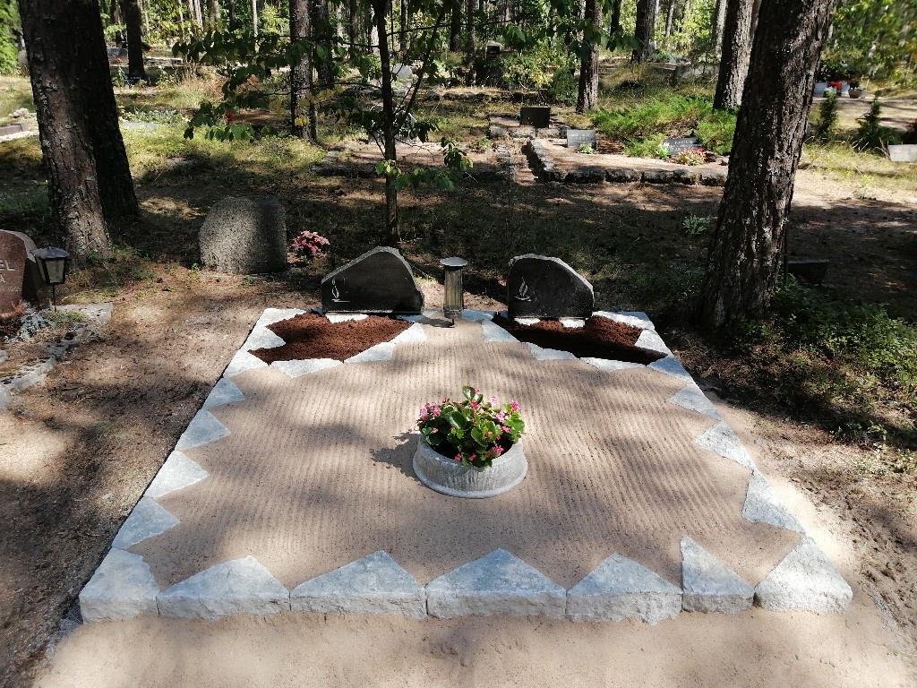 Renoveerimine Liiva kalmistul PÄRAST