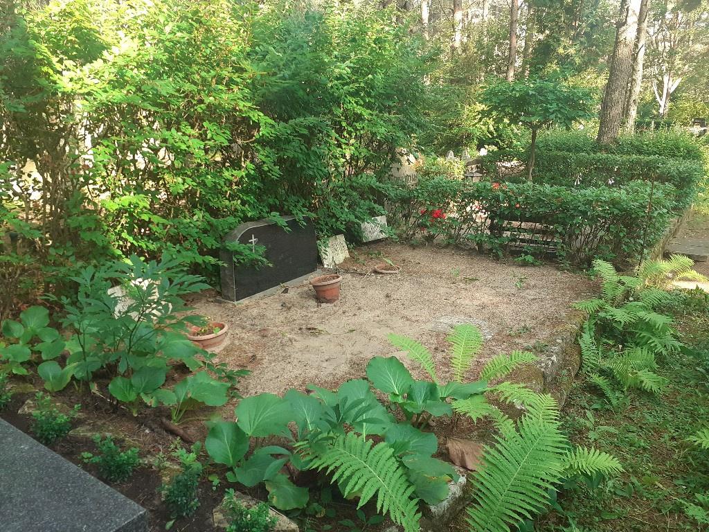 Renoveerimine Pärnamäe kalmistul ENNE