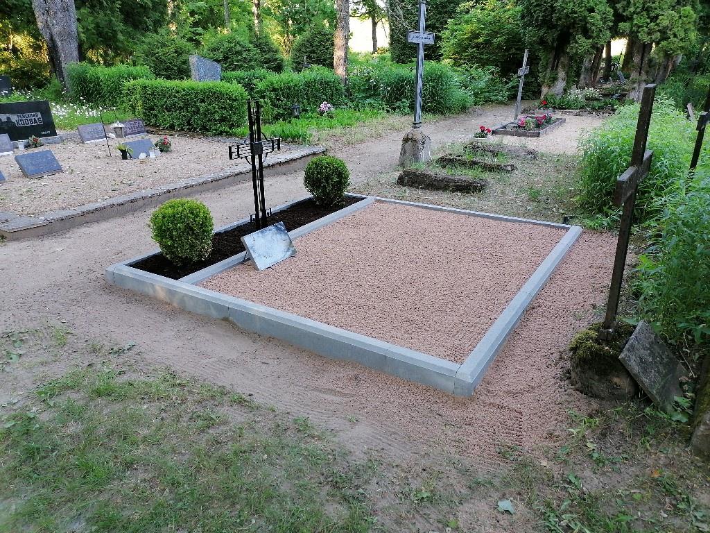 Renoveerimine Arussaare kalmistul PÄRAST
