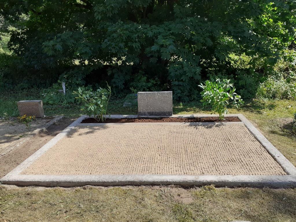 Renoveerimine Väike-Lähtru kalmistul PÄRAST